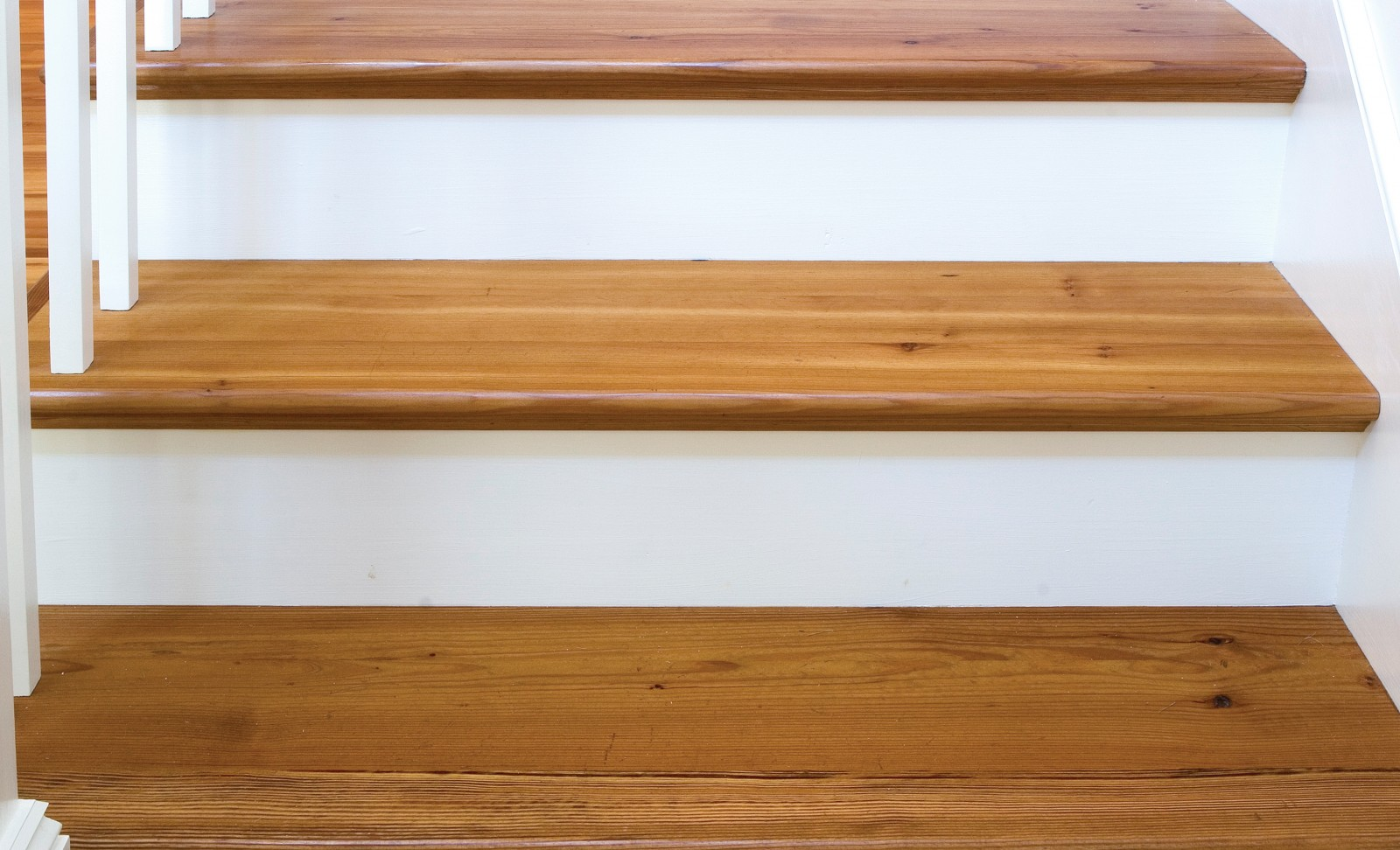 Wide Plank Reclaimed Stairs