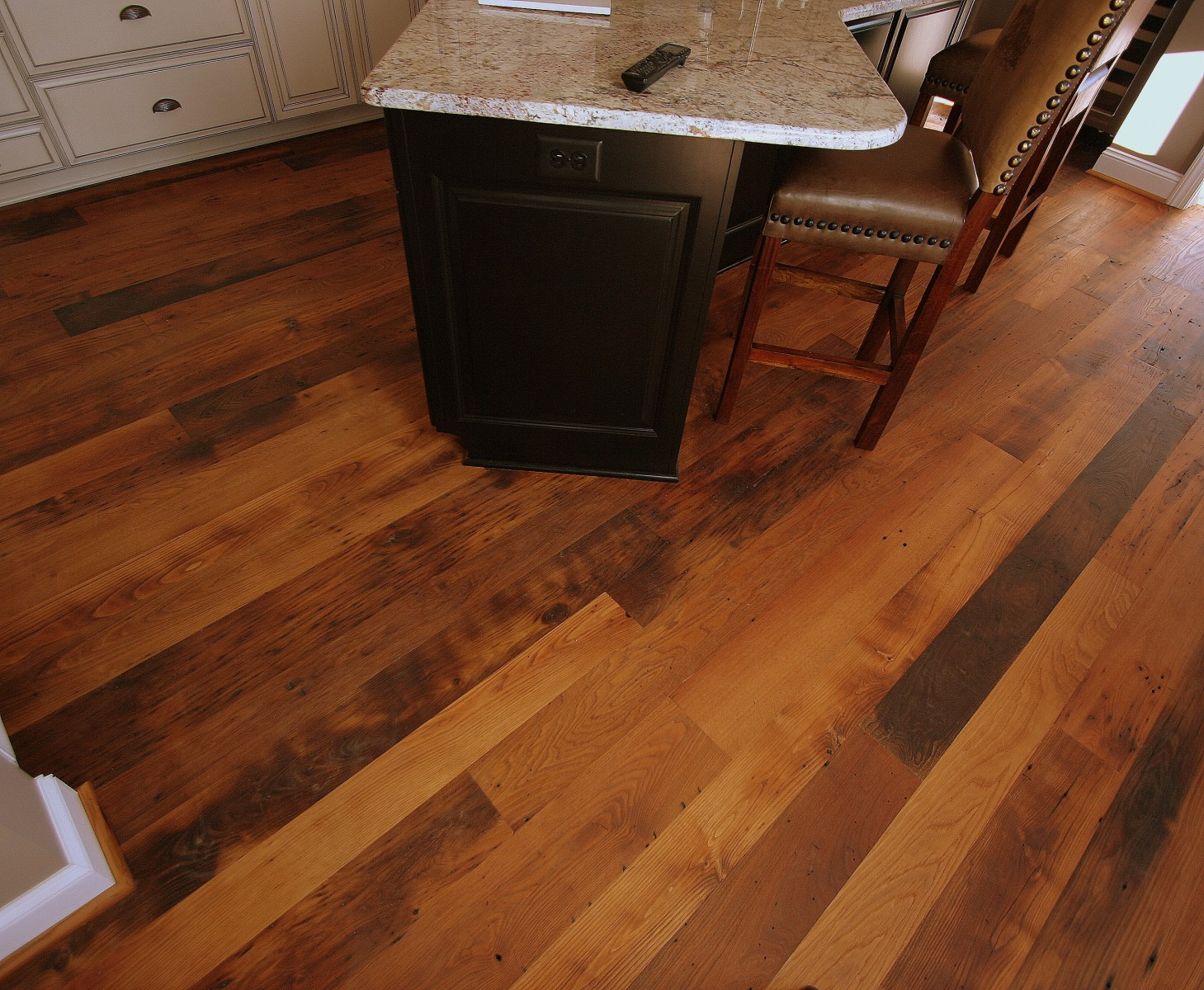Kd Woods Company Reclaimed Chestnut Distressed
