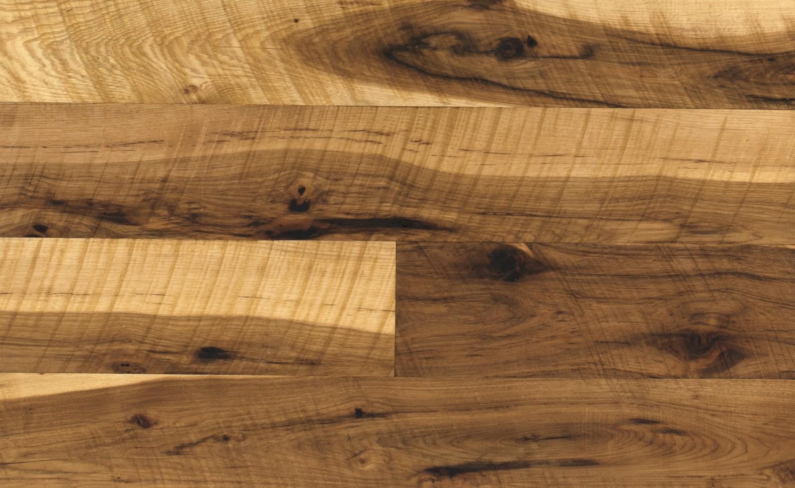 Hickory wood floors hickory saddle flooring 19 artisan for Pergo vs armstrong laminate flooring